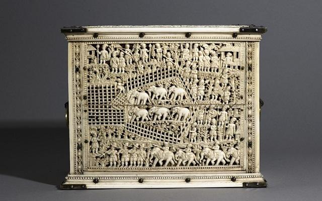 Ivory cabinet, back panel